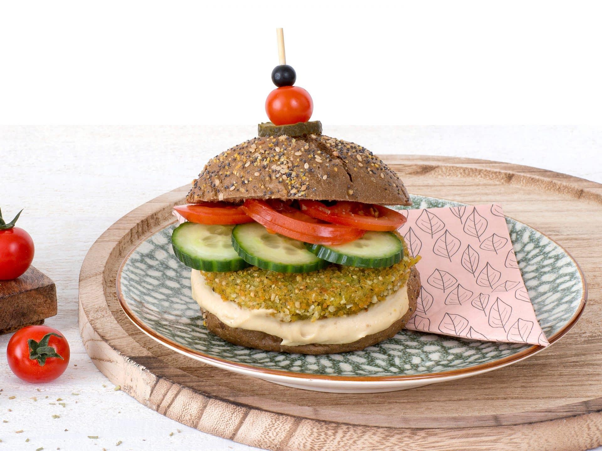 Substituts de viande: Le Burger végétalien de Falafel au Quinoa vegetalien