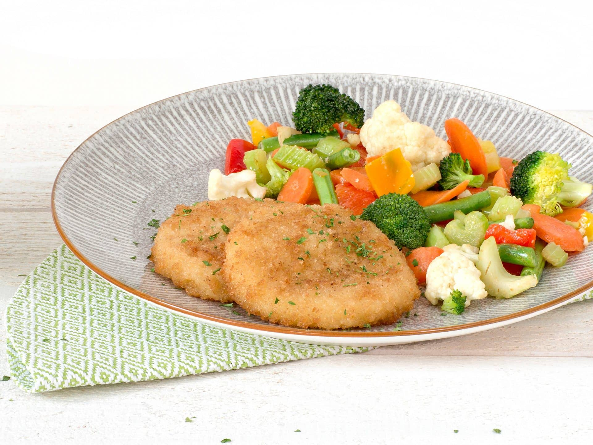 Meat substitute: Vegan Cheezy Schnitzel