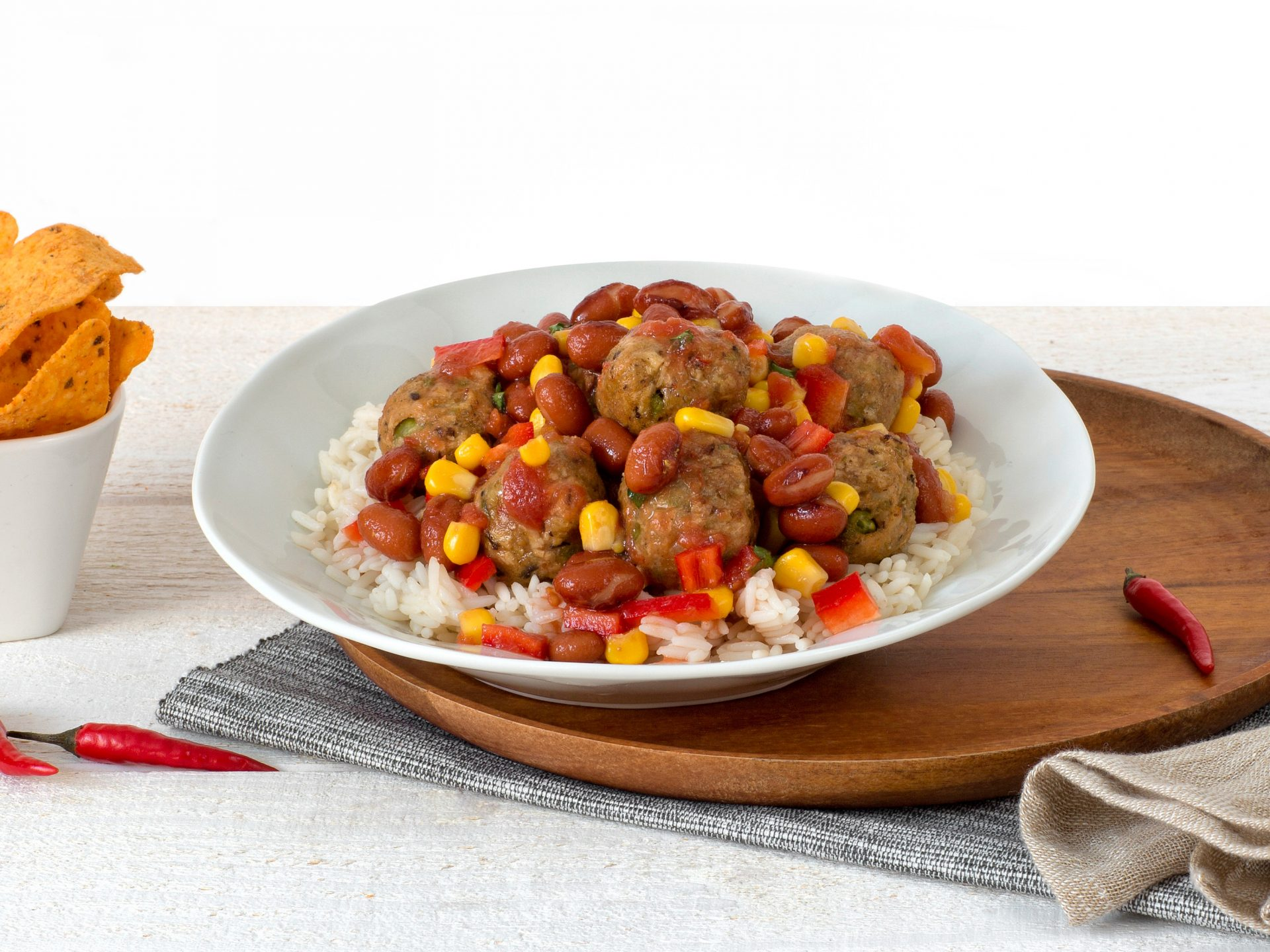 Fleischersatz: vegane Bohnen Klösschen Chili